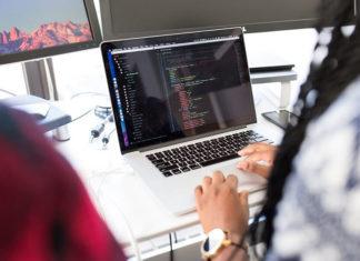Czym różni się projektowanie od programowania strony internetowej?